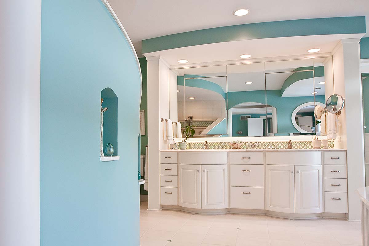 14 custom bathroom cabinets Cr