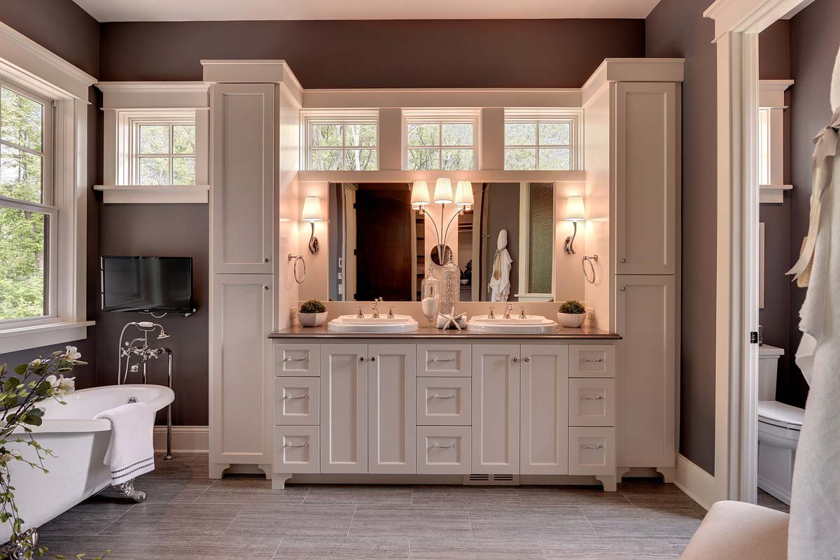 The Benefits Custom Bathroom Cabinets (With Pics)