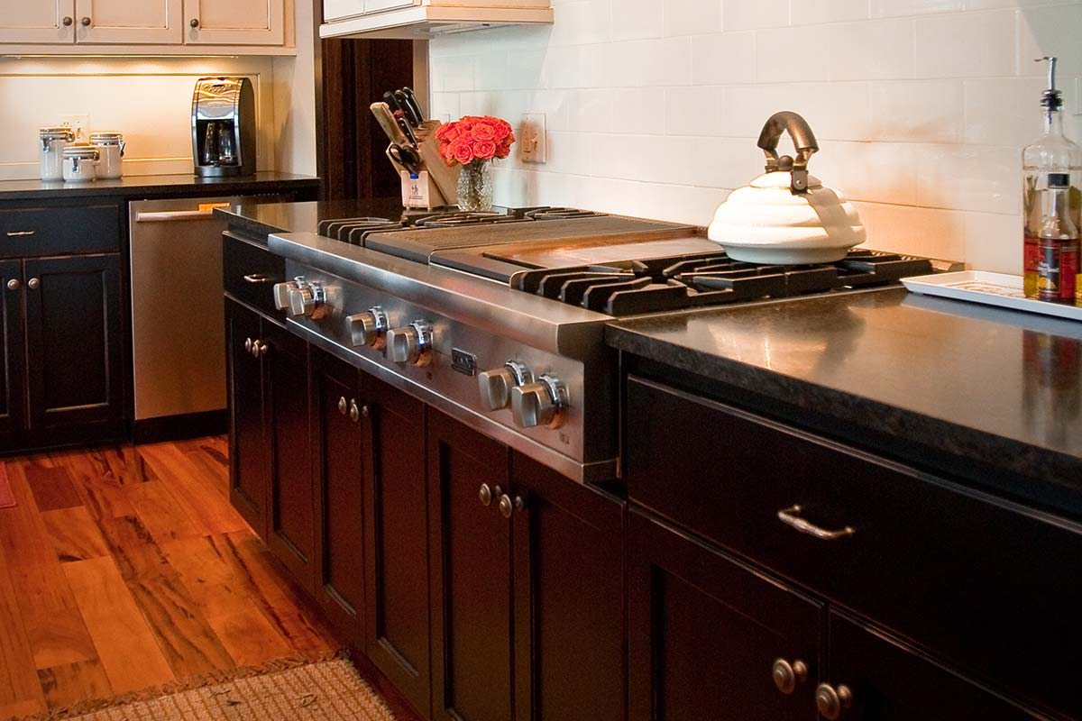 11 custom kitchen cabinets Co