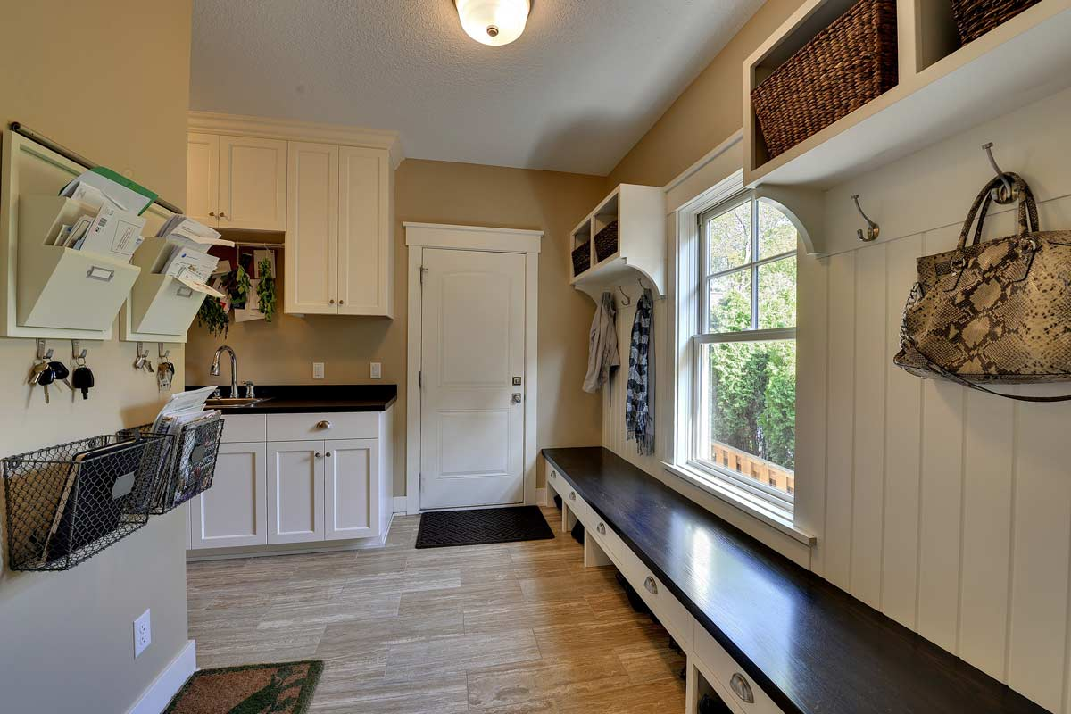 Good ... Click To Enlarge Image 13_custom_mudroom_ideas_Kn ... Part 20